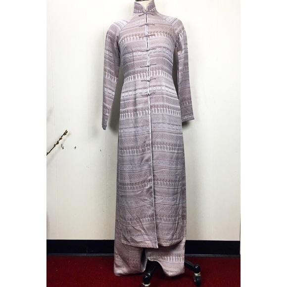 Vintage Other - Vintage Vietnamese Ao Dai Silk Two-Piece Outfit
